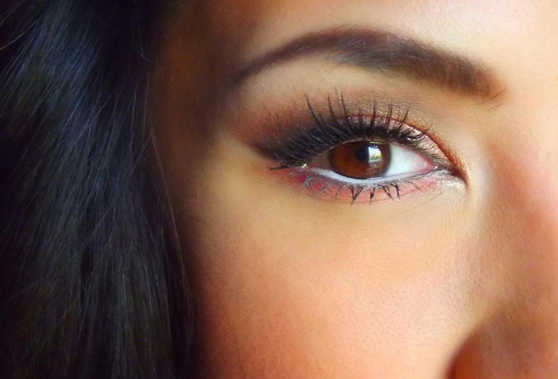 Qué Delineador Le Queda Mejor A Tu Color De Ojos Mujer Biobiochile