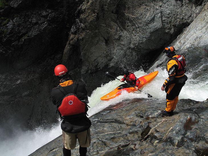 Creeking en cascada de 12 mts | Foto Wikipedia