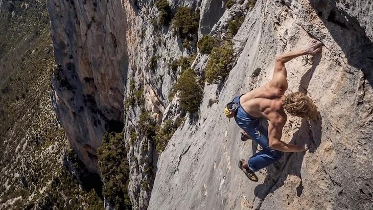 Free solo climbing | Foto Epictv.com