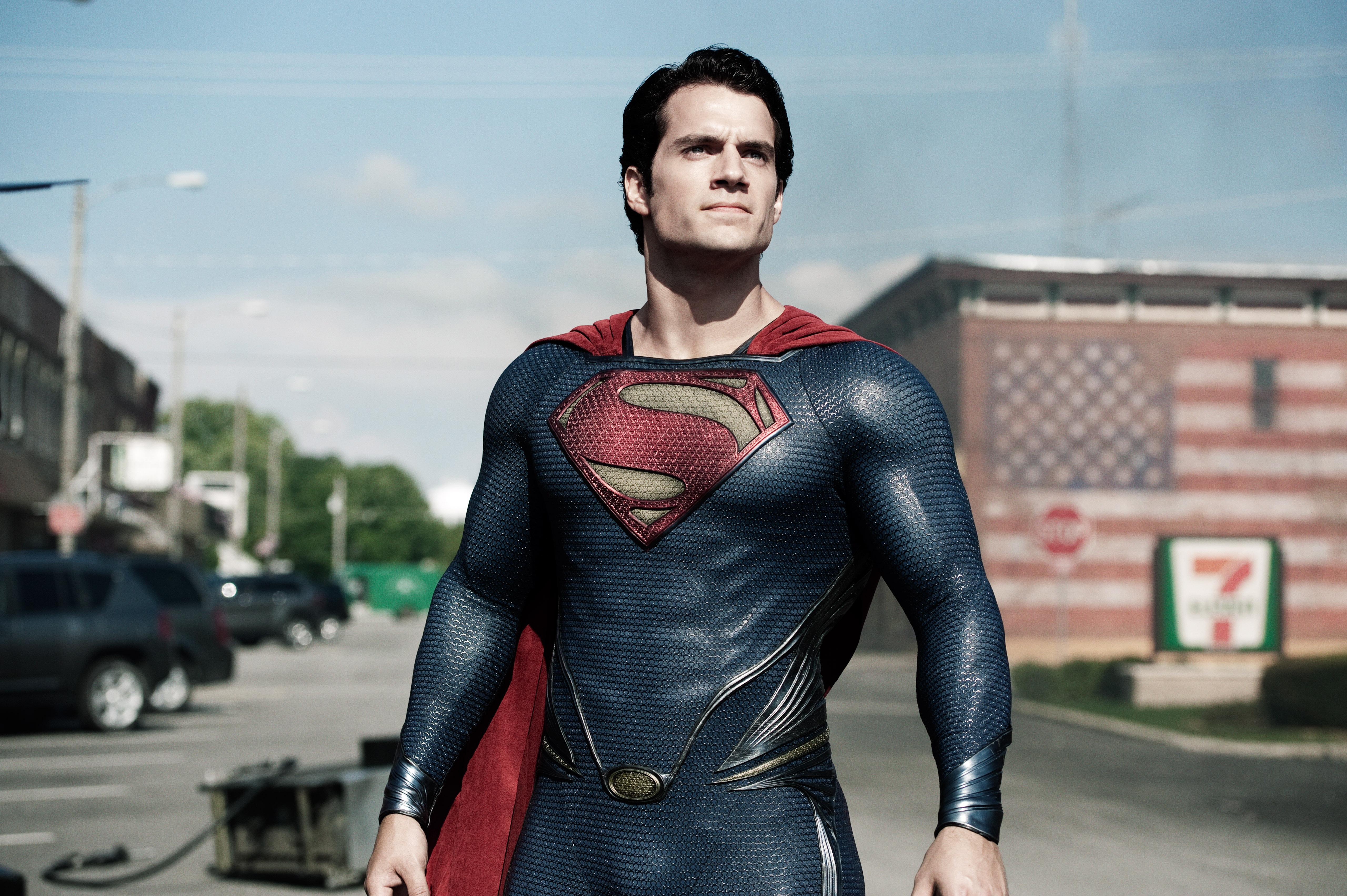 Henry Cavill como Superman (2013)