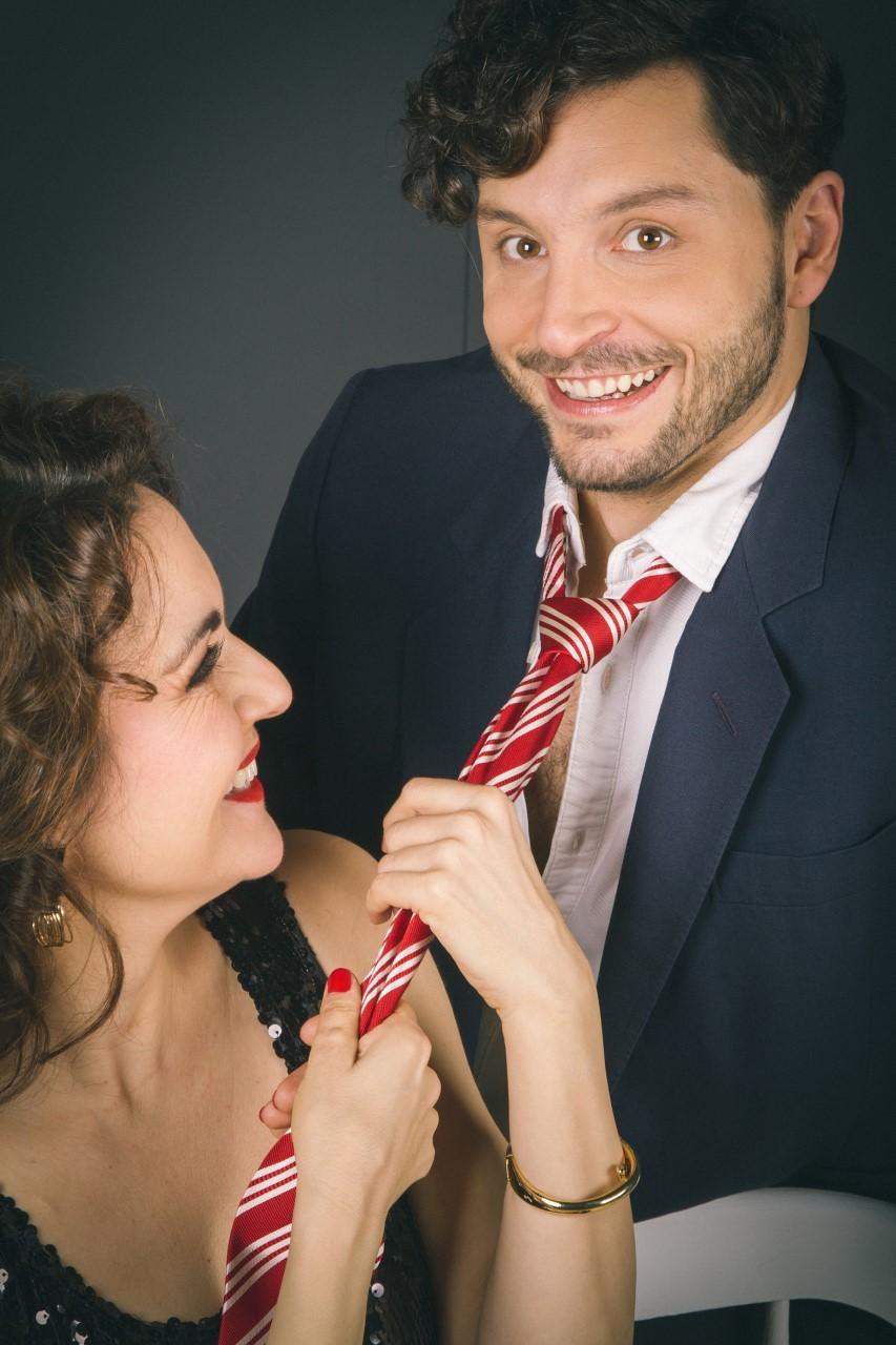 Lorene y Santiago con el look de la obra