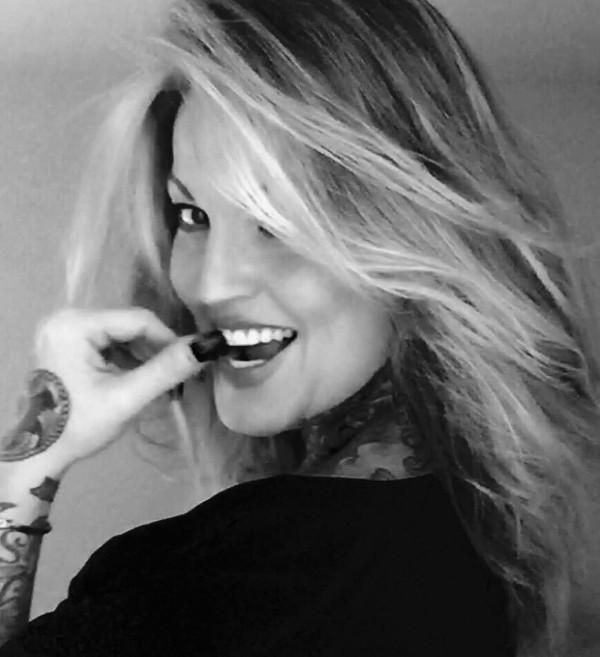 Janine Lindemulder | Twitter