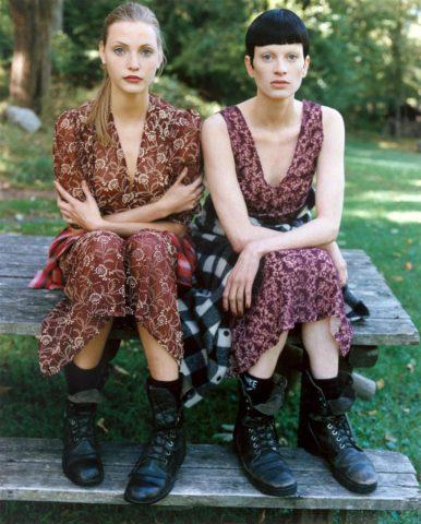 """Kristen McMenamy en la mítica editorial """"grunge"""" de la revista Vogue (1992)"""
