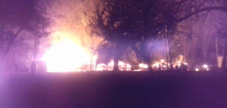 Incendio consume templo evangélico en Padre Las Casas