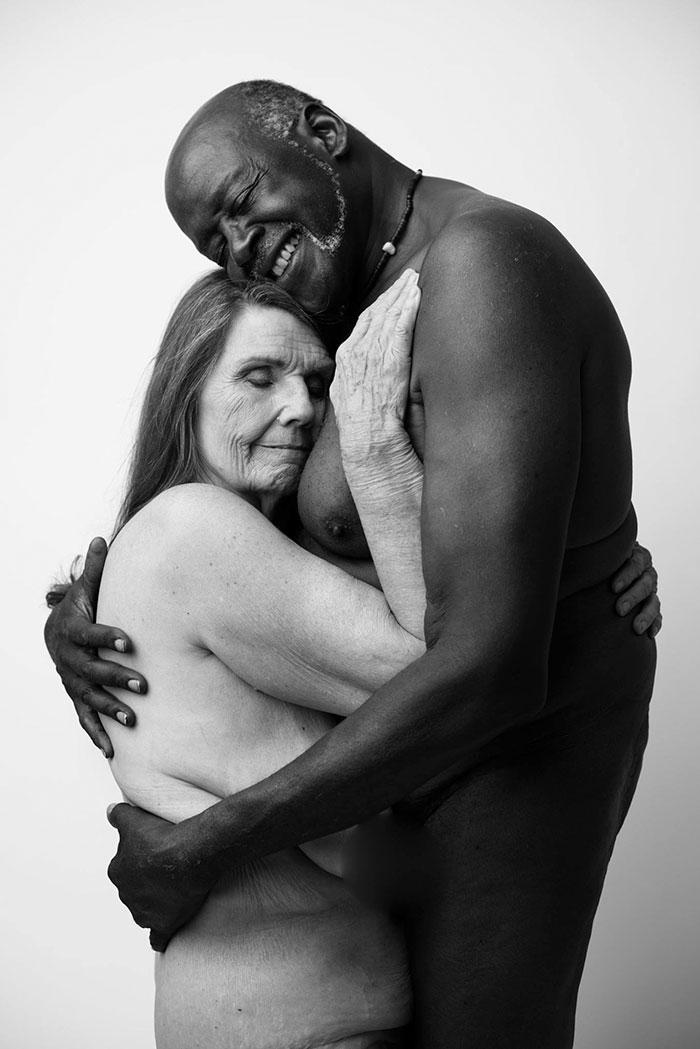 retrato-pareja-anciana-desnuda-jade-beall-1