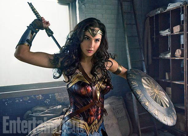 Gal Gadot como Wonder Woman | Clay Enos vía EW.com