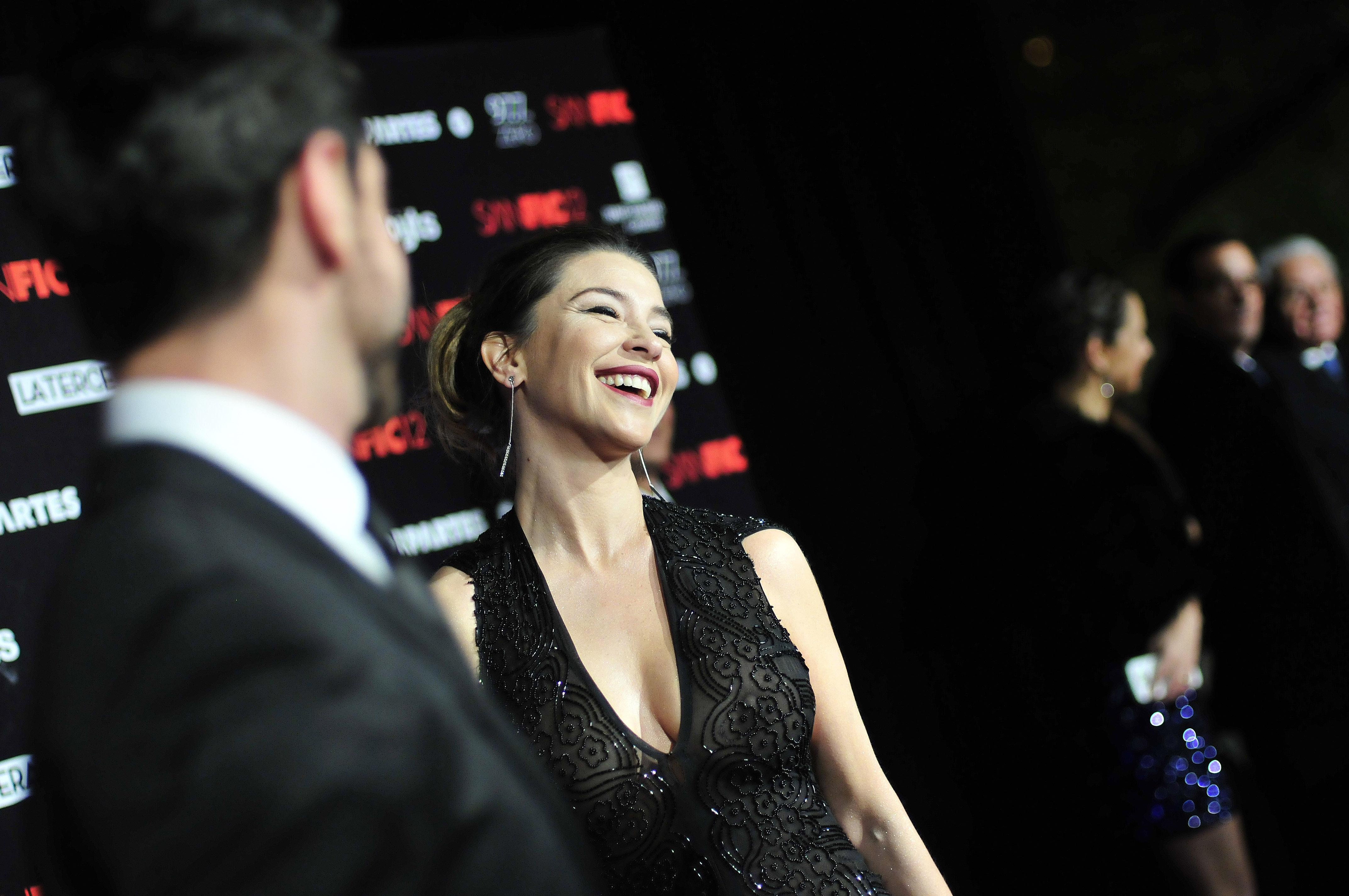 Francisca Merino sorprendió con vestido transparente en Sanfic