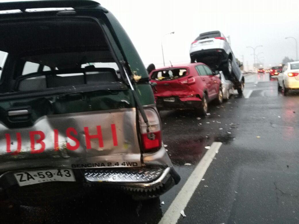 Seis lesionados tras colisión múltiple en Concepción