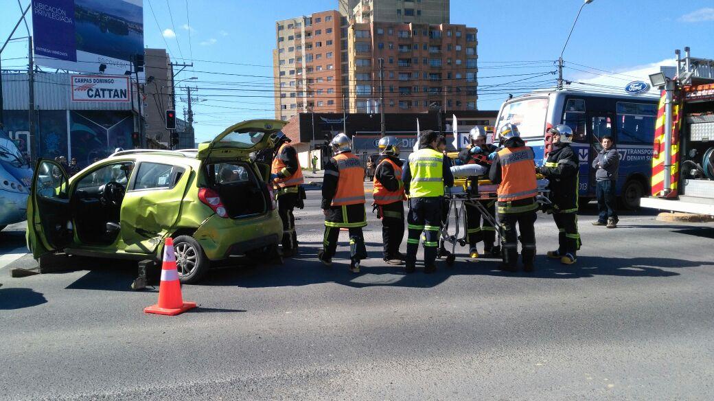 Colisión dejó una persona lesionada en la intersección Paicavi con Bandera.