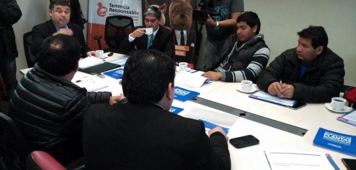 La Araucanía: Partidos políticos firman acuerdo para realizar campañas dentro de la ley