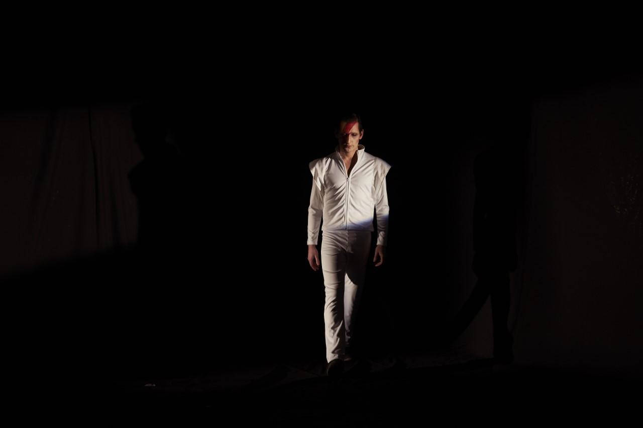 thumbnail_Gabriel Urzua Bowie (2)