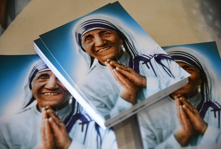Estudio desmorona imagen humanitaria de madre teresa