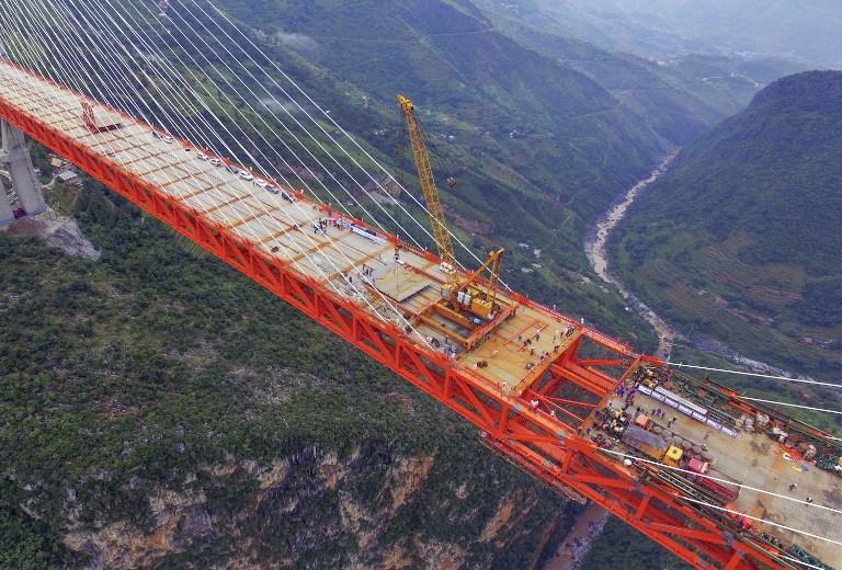 Puente más alto del mundo está a punto de ser terminado en China