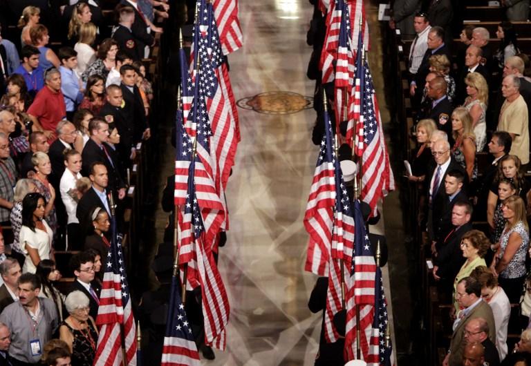 Una de las primeras ceremonias en memoria de las víctimas del 9/11