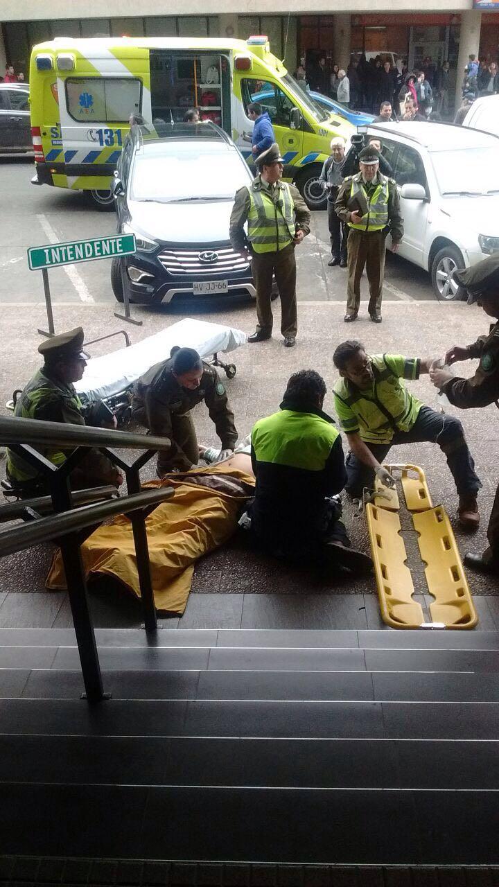 Una mujer fue apuñalada en el centro de Temuco