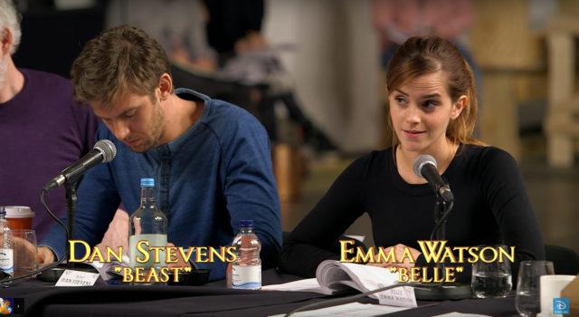Emma Watson y Dan Stevens en lectura de guión de La Bella y la Bestia