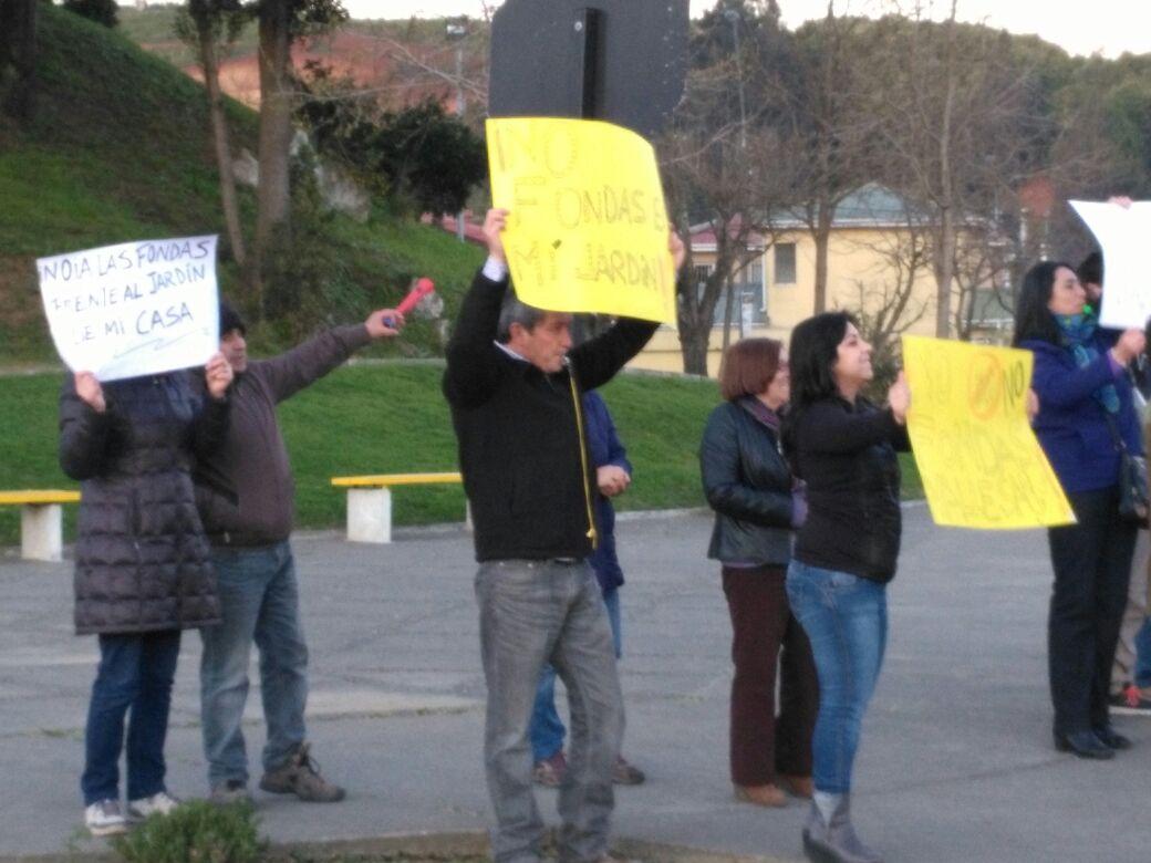 Vecinos protestan por ramadas en Valle San Eugenio