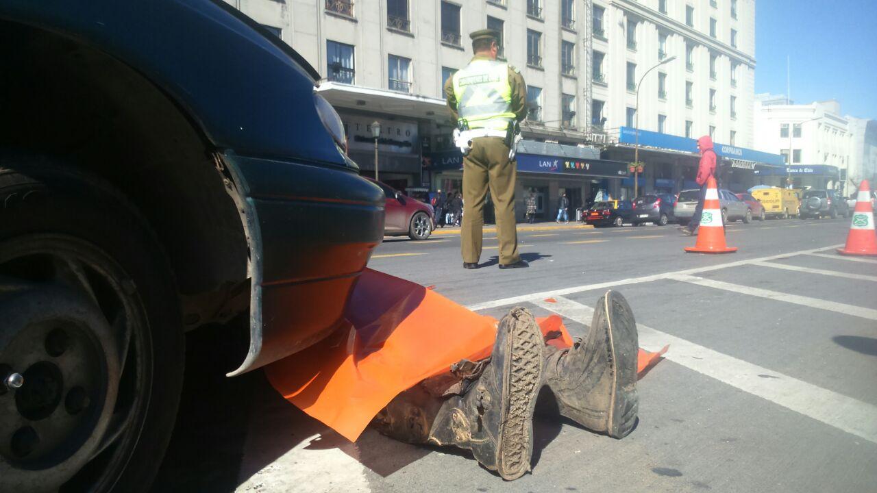 Muñeco simula ser una persona atropellada frente a Plaza Independencia