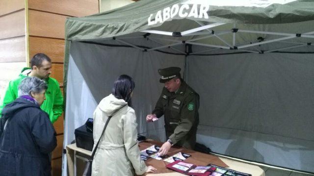 Carabineros de Temuco lanzan campaña contra billetes falsos previo a fiestas patrias