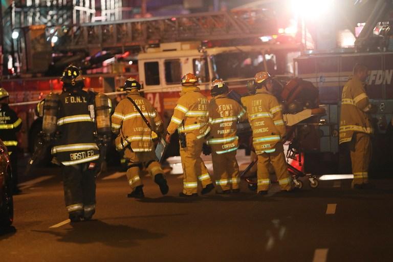 EXPLOSIÓN EN NUEVA YORK: bomberos