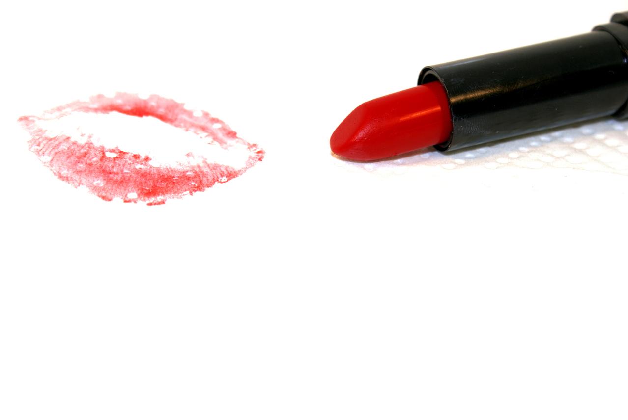 La historia del lápiz labial rojo