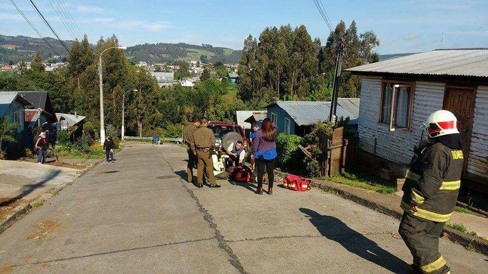 Conductor pasó la noche en canal de regadío en Carahue: nadie se percató del accidente