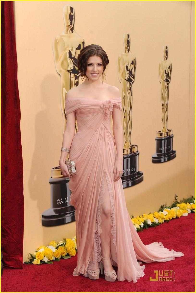 Anna Kendrick confiesa que era tan pobre cuando fue nominada al Oscar que no tenía zapatos