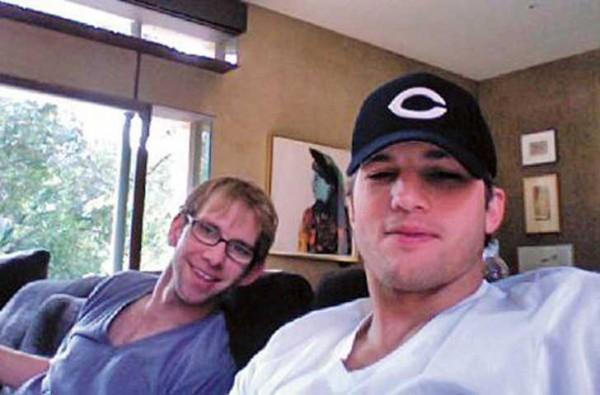 Los hermanos Michael y Ashton Kutcher | Starmedia