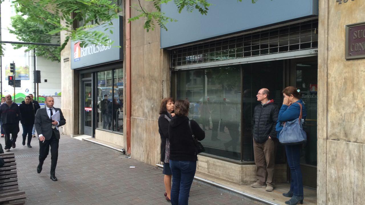 Banco Estado Concepción cerrado por emergencia sanitaria