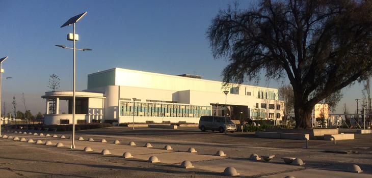 CNAC, fachada, EM (c)