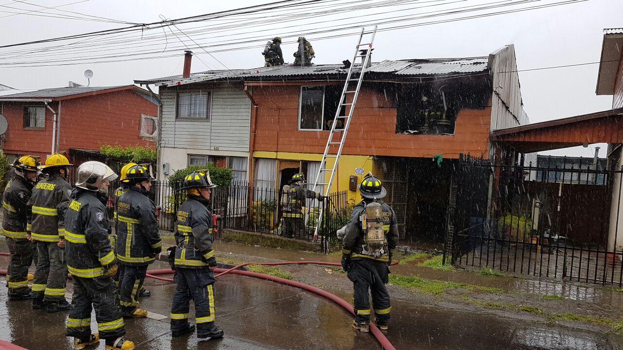 Incendio dejó a vivienda con un 80% de daños en Padre las Casas