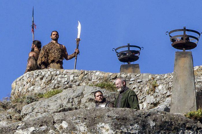 Fotos revelan mega spoiler de Game of Thrones: dos personajes clave por fin se reunirían