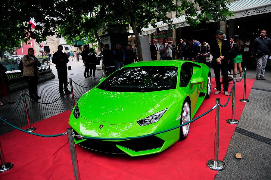 Restaurante capitalino sorteará espectacular auto Lamborghini entre clientes