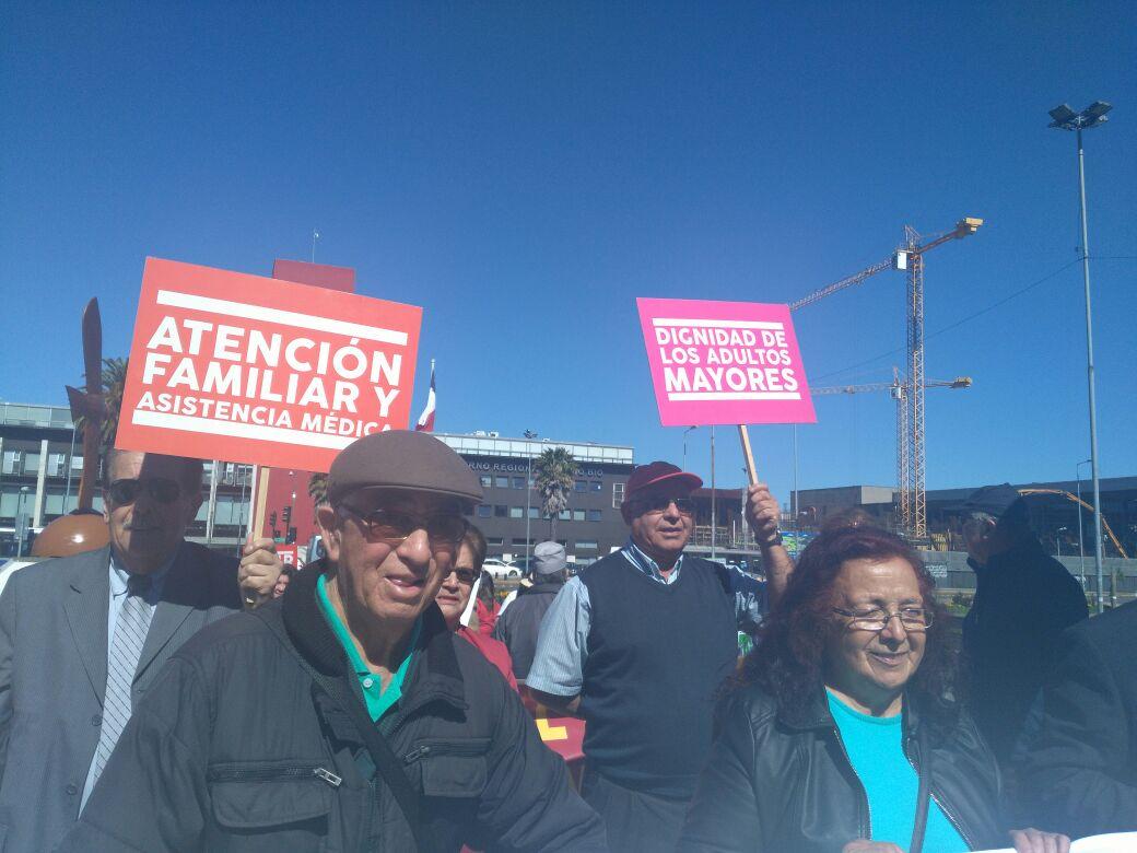 Protesta adultos mayores y discapacitados en Concepción