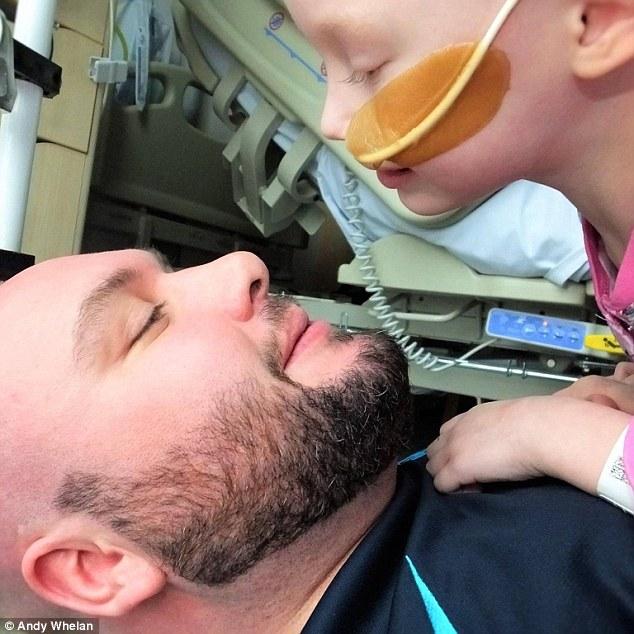 Imagen de la hija de Andy Whelan, víctima del cáncer.