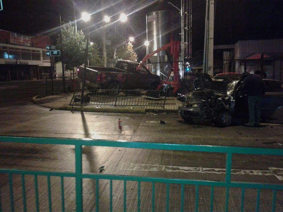 Un lesionado dejó colisión de dos vehículos en Osorno