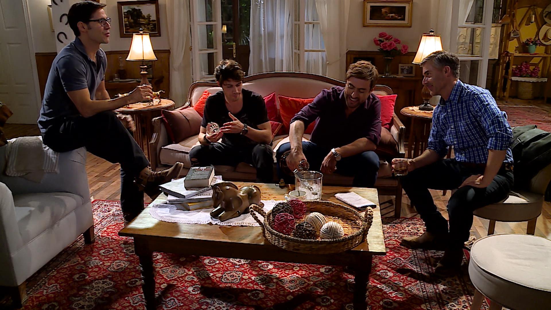 """Protagonistas de """"Amanda"""" se ganan odio de televidentes en episodio estreno"""