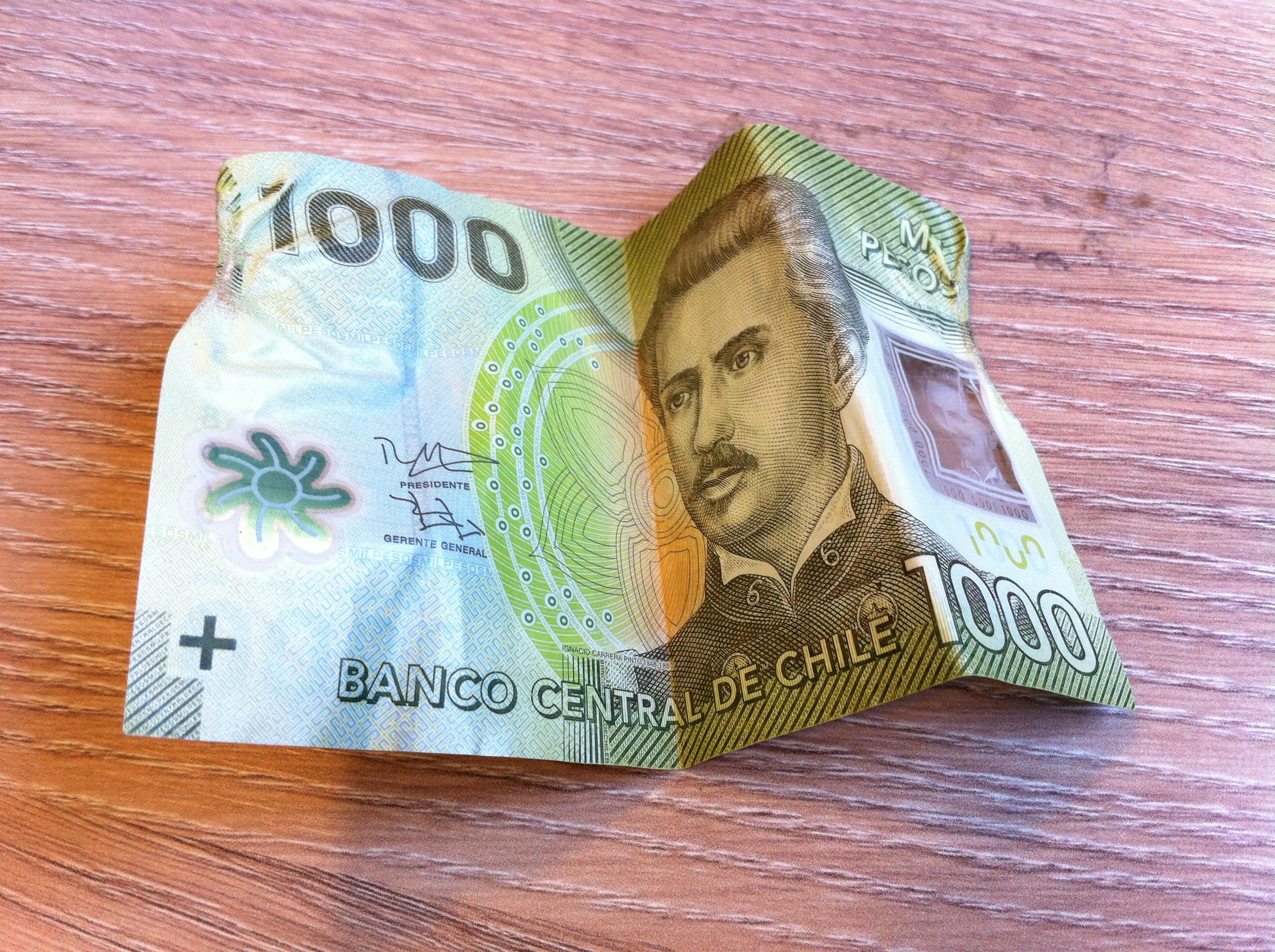 Cuidado si te dan billetes en este estado: no te los cambiarán en el banco