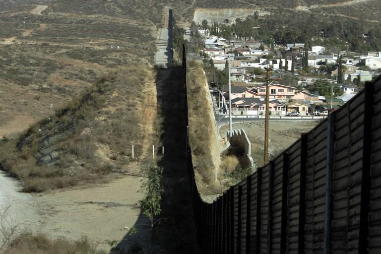 Muro en frontera México- Estados Unidos (Agence France-Presse)