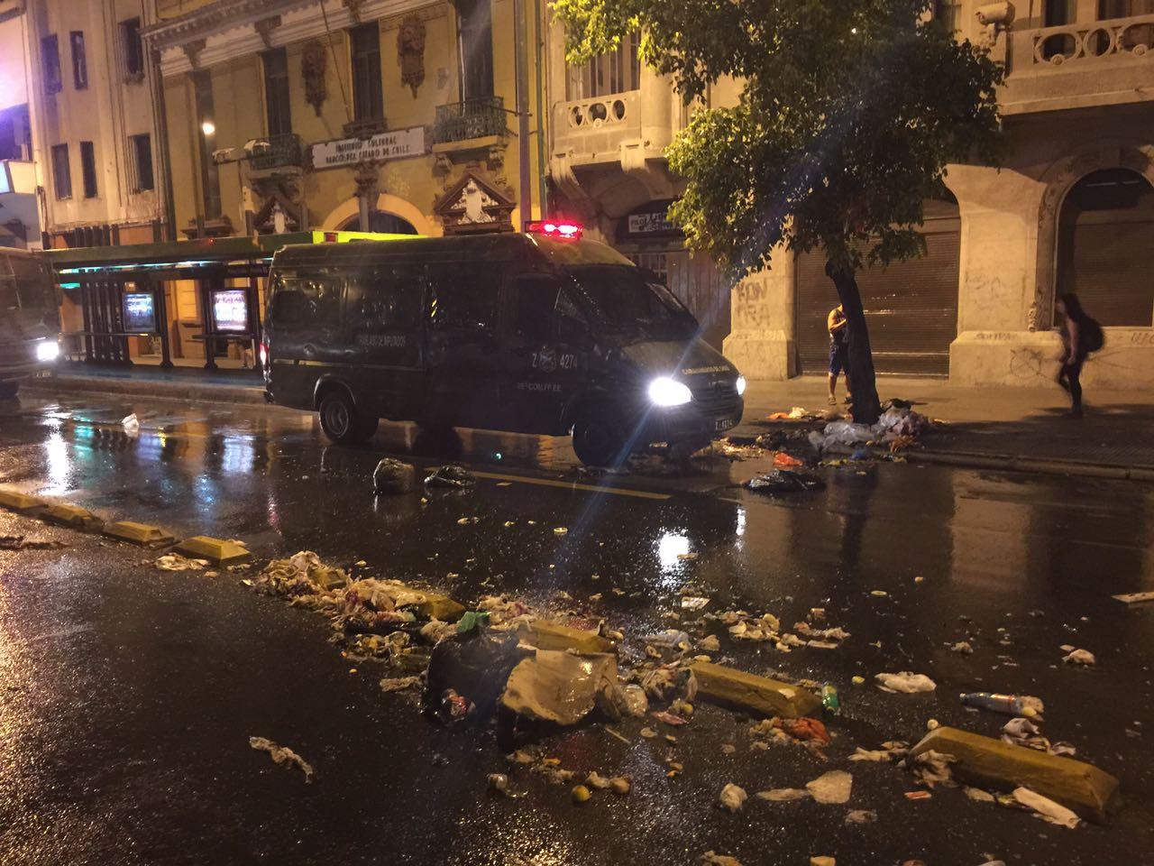 Manifestación dispersada en Santiago