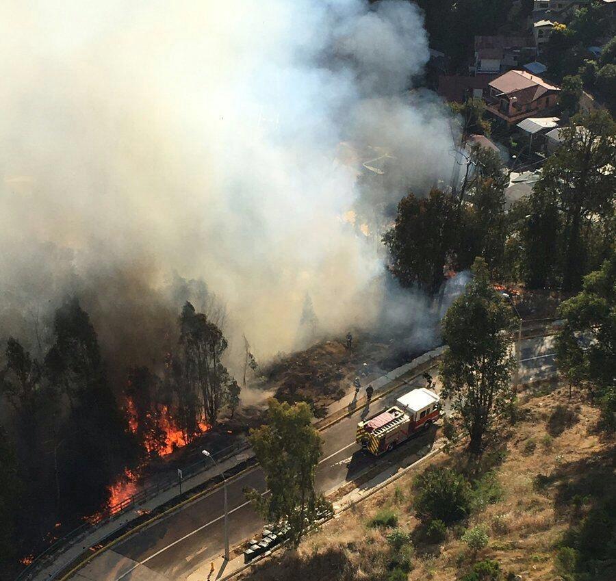 Incendio forestal en Miraflores