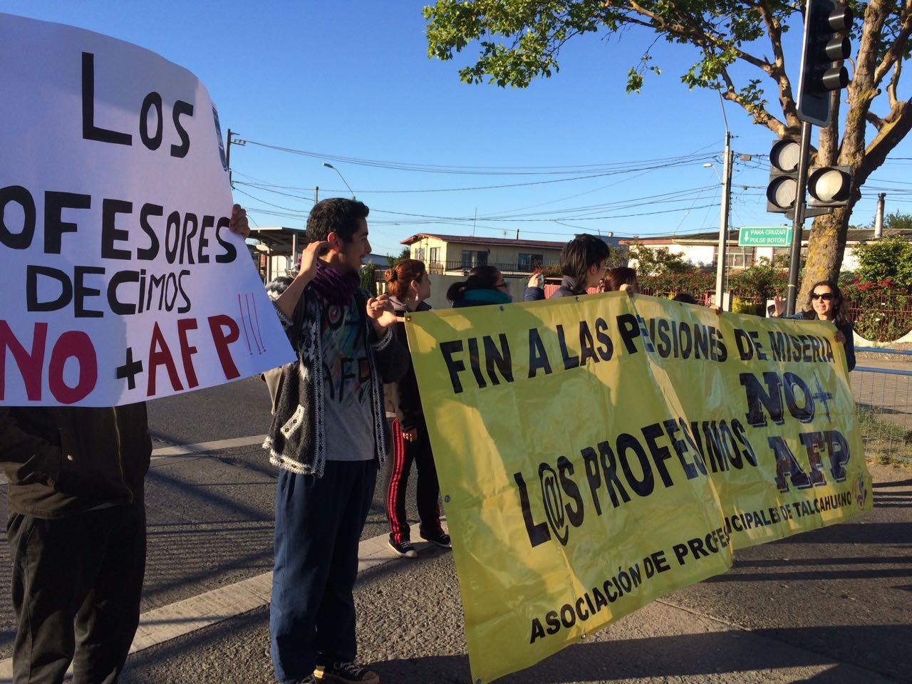 MANIFESTACIÓN NO + AFP  AUTOPISTA