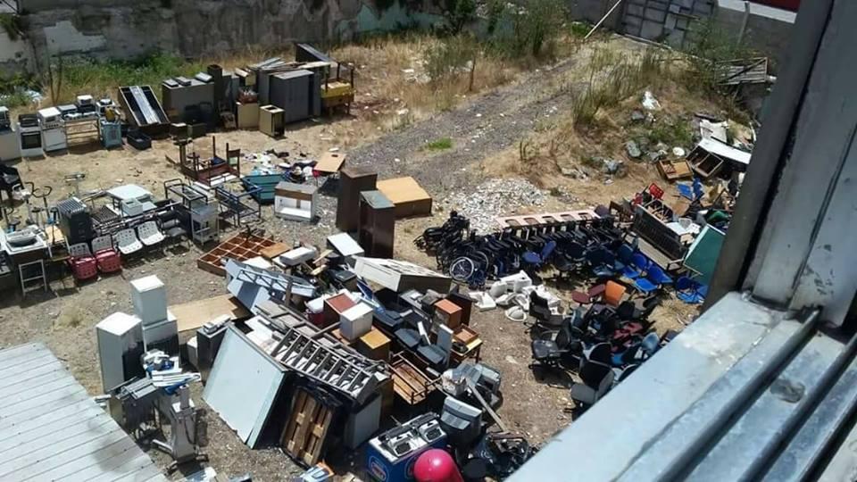 Sillas de rueda abandonadas en Valparaíso