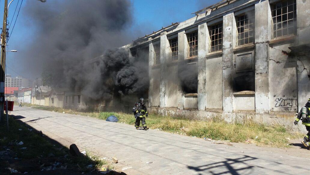 Incendio en fábrica de Paños Bío Bío