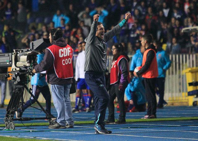 Salas festeja la Supercopa en Concepción | Agencia UNO