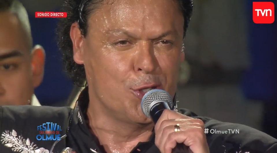 Televidentes se apiadan de Pedro Fernández que sufre los embates del calor en Olmué
