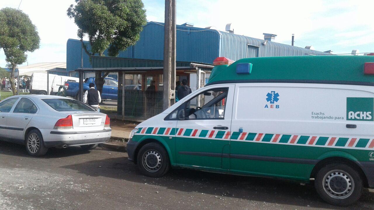 Ambulancia acude a pesquera