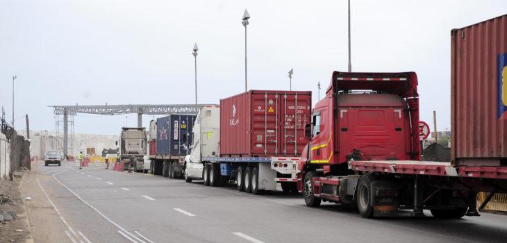 Desde osorno env an 4 camiones con ayuda a afectados por for Viveros en osorno