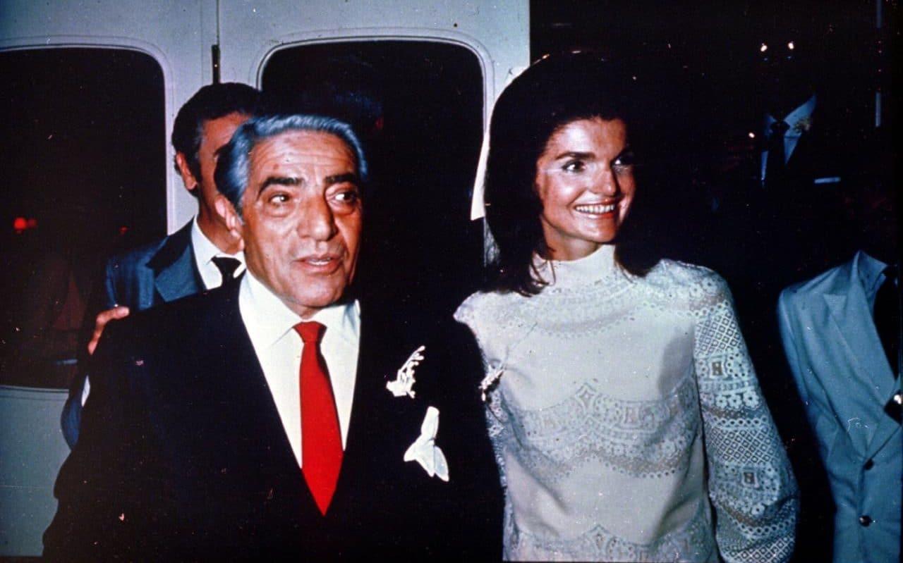 Jackie junto a Onassis