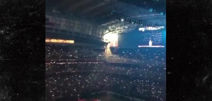Nos engañó a todos: Lady Gaga no saltó desde el techo del estadio en el Super Bowl